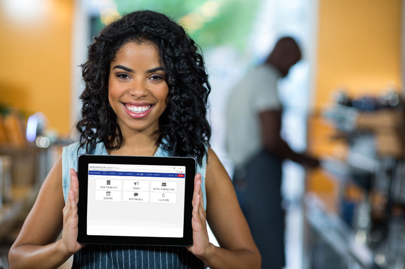 Woman holding tablet with bizRapido